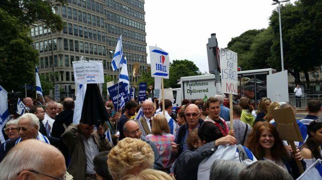 הפגנה בדבלין 1