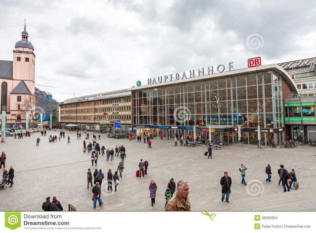 central-station-cologne-germany-december-train-also-shopping-mall-december-germany-36282954