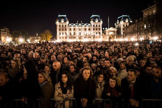 טקס הזכרון בפריז